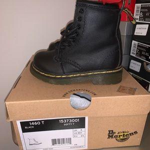 Black dr.martens boots